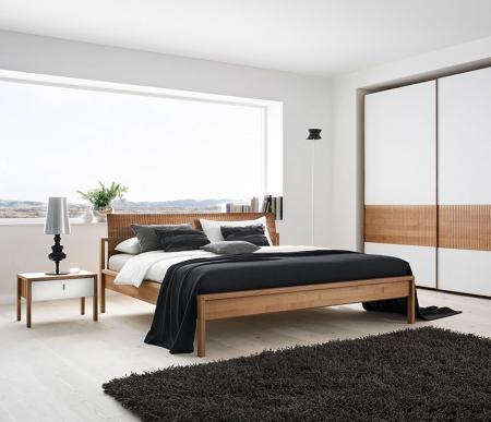 Gỗ óc chó - chất liệu tuyệt vời cho giường ngủ