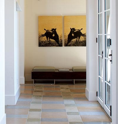Cách chọn vật liệu và trang trí cho lối đi trong nhà