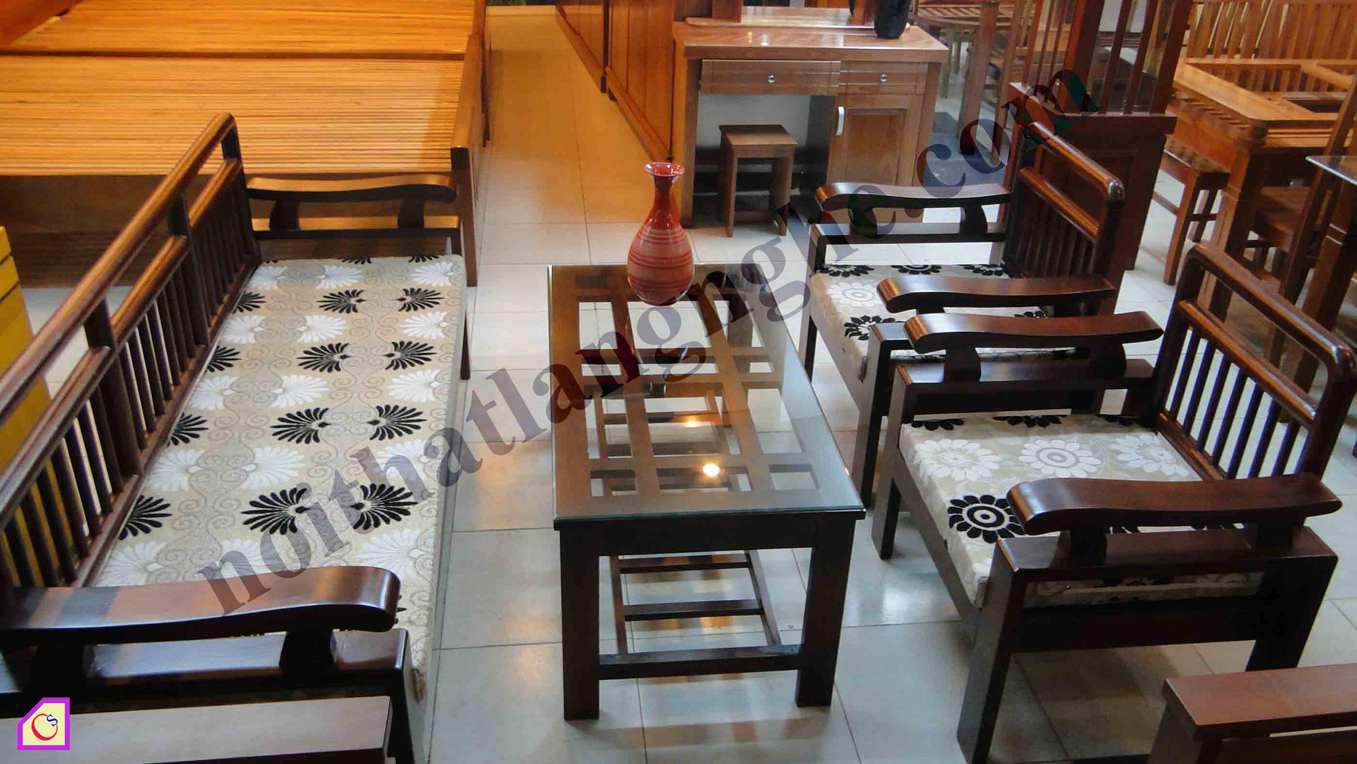 Bộ bàn ghế phòng khách hiện đại bằng gỗ Gụ