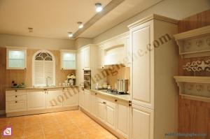 Tủ bếp dạng chữ L:Tủ bếp gỗ Sồi dạng chữ L TBL_18
