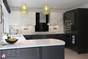 Tủ bếp dạng chữ U:Tủ bếp Acrylic dạng chữ U TBU_01
