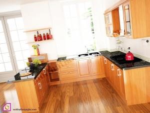 Nội thất phòng bếp:Tủ bếp gỗ Xoan Đào dạng chữ U TBU_17