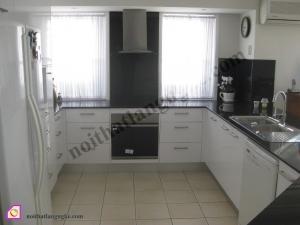 Tủ bếp dạng chữ U:Tủ bếp Laminate dạng chữ U TBU_20