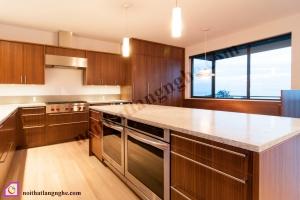 Nội thất phòng bếp:Tủ bếp gỗ Óc Chó có bàn đảo TBĐ_09